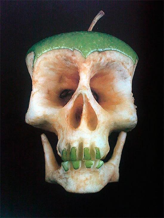 Skull apple anyone?