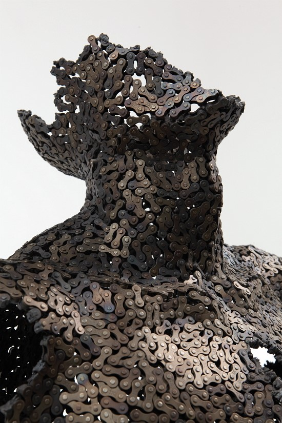 Bicycle chain art by Seo Young Deok. All rights reserved.