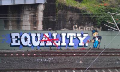 Street-Art-Equality-or-Equity